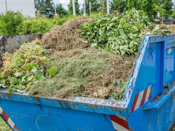 Container für Gartenabfälle und Grünschnitt